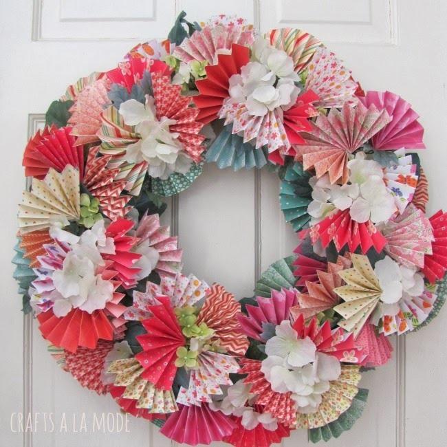 Spring Wreaths :: paper fans wreath :: FineCraftGuild.com
