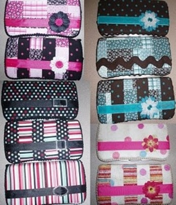 Pretty Baby Wipe Case :: Free Sewing Pattern :: DIY Baby Gift