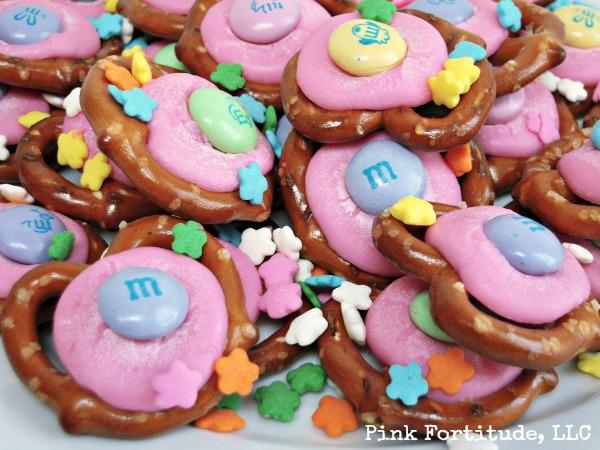 easter desserts :: pretzel chocolate melts