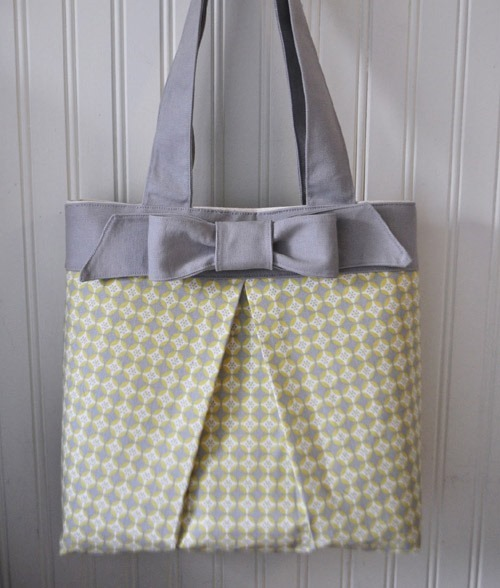 Tohoku - Elegant Bow Tote Bag - Free Sewing Patterns - FineCraftGuild.com