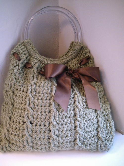 elegant bag with silk ribbons :: Beautiful Free Crochet Patterns