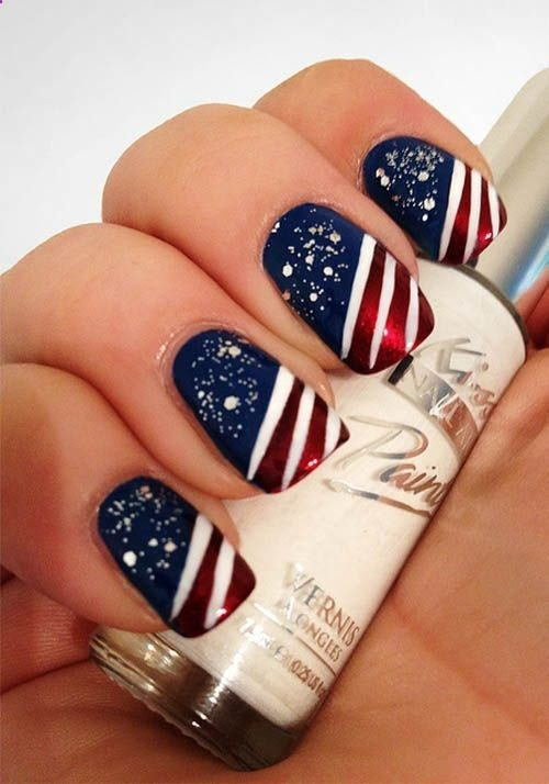 stars n stripes - 10 of the best designs for Fourth of July Nail Art, by FineCraftGuild.com