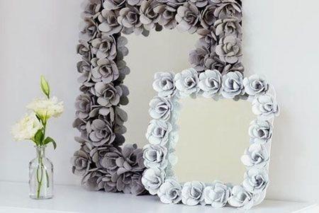 recycle_egg_cartons_flower_frame