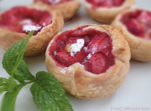 Rhubarb strawberry tarts recipe :: FineCraftGuild.com