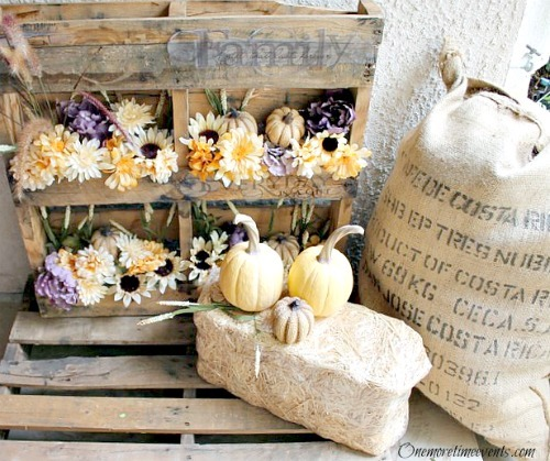Porch Decorations: Fall Flowers in Wood Pallets and grain sack