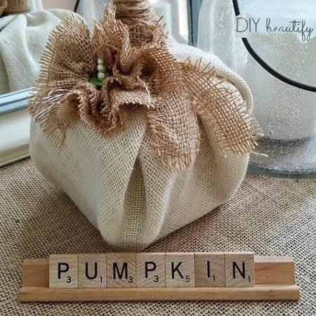 diy_burlap_pumpkin