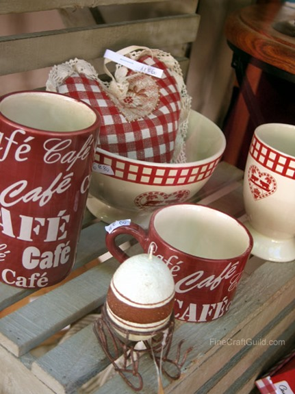 french country kitchen coffee cups