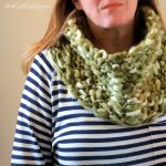Infinity scarf knitting pattern :: FineCraftGuild.com