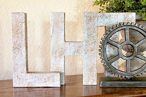 DIY rust letters decorations