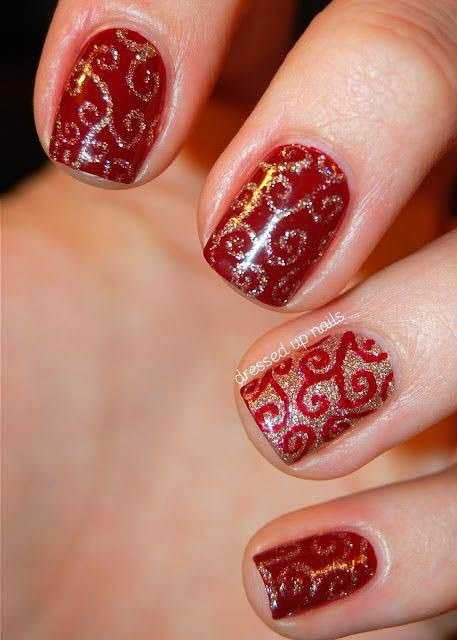 christmas_nail_art_curls