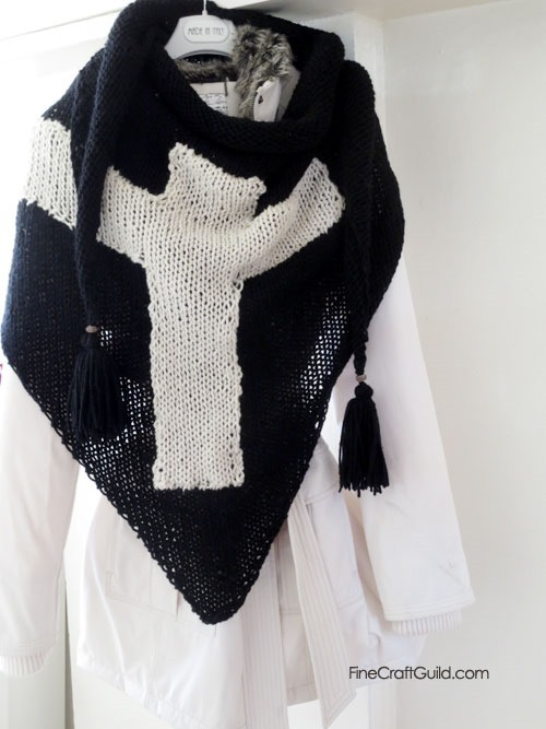 Cross scarf :: Triangle Shawl Knitting Pattern