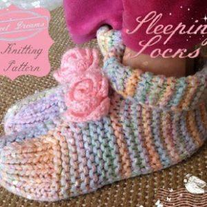 easy ankle-high sleep socks knitting pattern