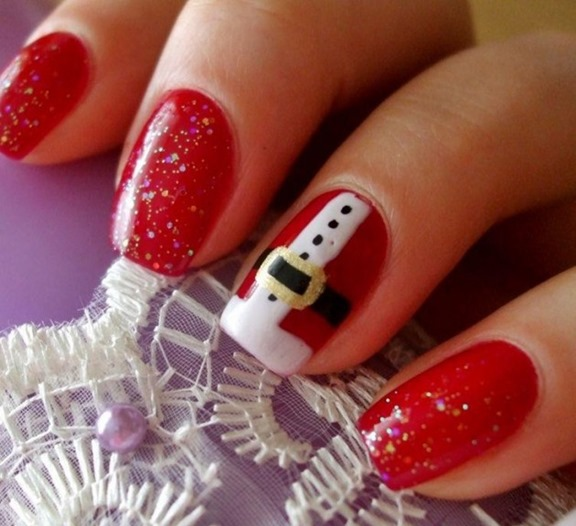red_sants_nail_art