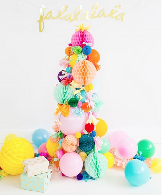 DIY Pompom Christmas Tree