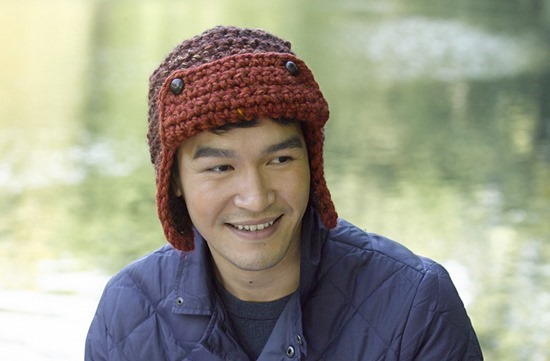 Aviator Hat Free Crochet Pattern. Winter hats for men    FineCraftGuild.com  ... 2c5e373541b5