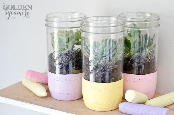 painted-mason-jar-succulent-planter