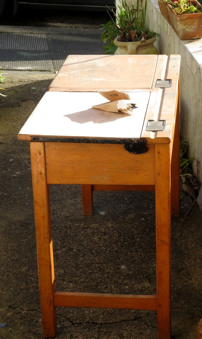 How to Finish an Old School Desk - FineCraftGuild.com