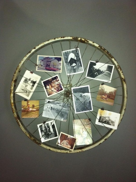 creative_photo_frame_idea_bicycle_wheel