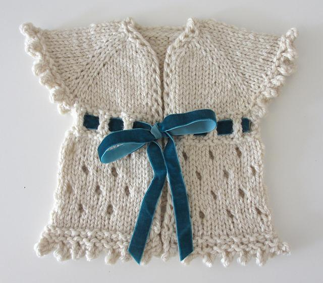 Knitting Pattern Baby Cardigan Newborn : Perfect Spring Baby Cardigan: Free Knitting Pattern