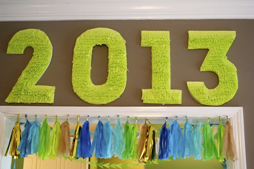 graduation_year_paper_wall_decoration - the 21 BEST Graduation Party Ideas by FineCraftGuild.com
