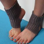 Easy Yoga Socks Knitting Pattern (knit flat; NOT in the round)