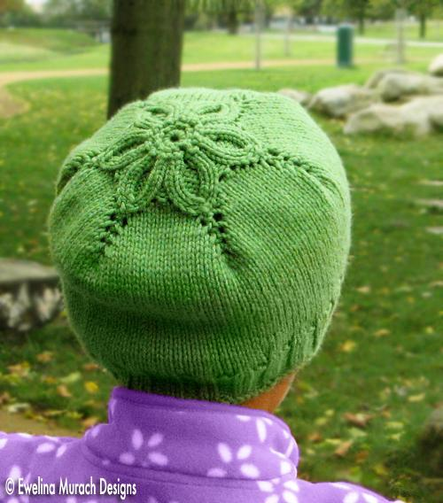 free flower beanie knitting pattern by Ewelina Murach, featured at FineCraftGuild.com