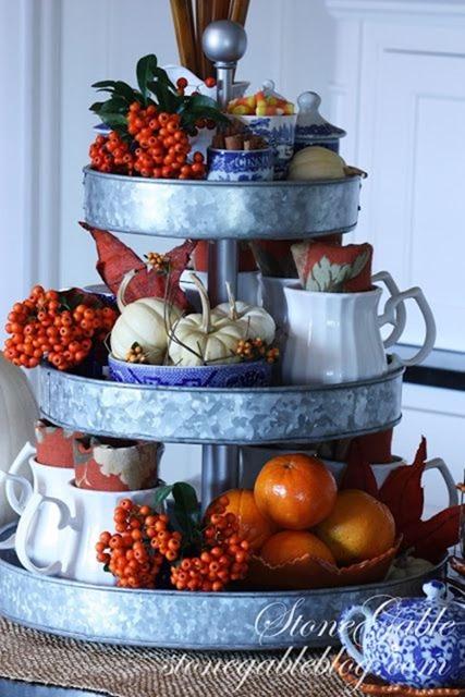 Fall_treats_pumpkins_display