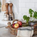 country_kitchen_decoration_fall_treats.jpg
