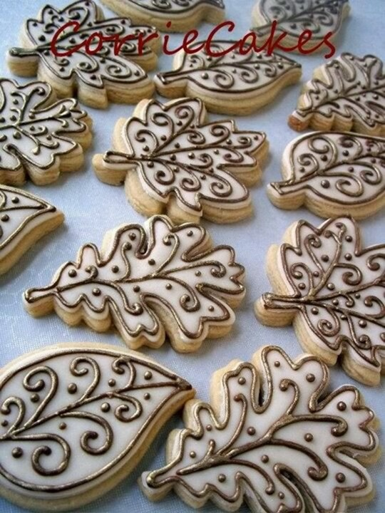 Fall treats: Autumn leaves cookies