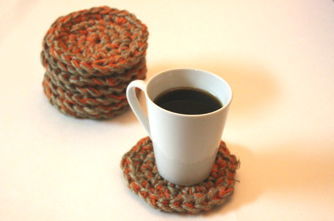 Free Crochet Pattern for Easy Jute Coasters