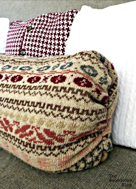 DIY Pillows Recycled Sweaters