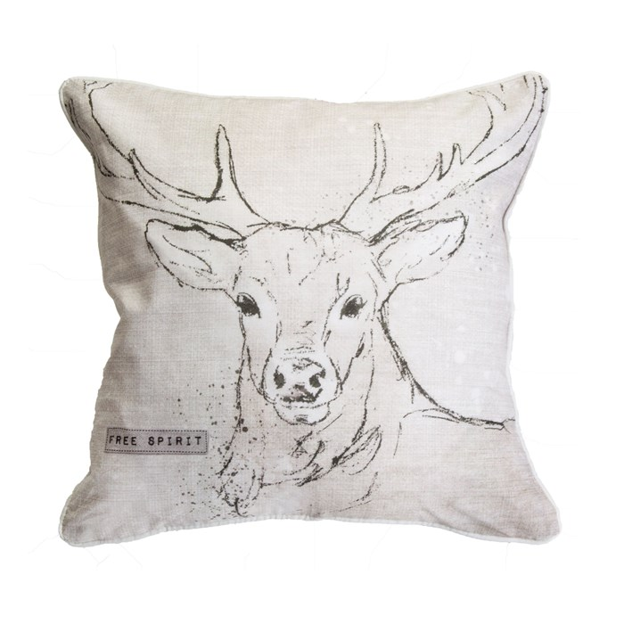 stag_pillow_teen_bedroom
