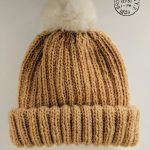 Fur pompom hat knitting pattern