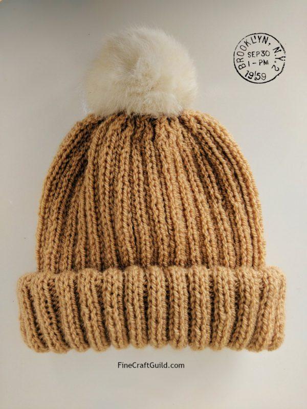 Fur pompom hat knitting pattern