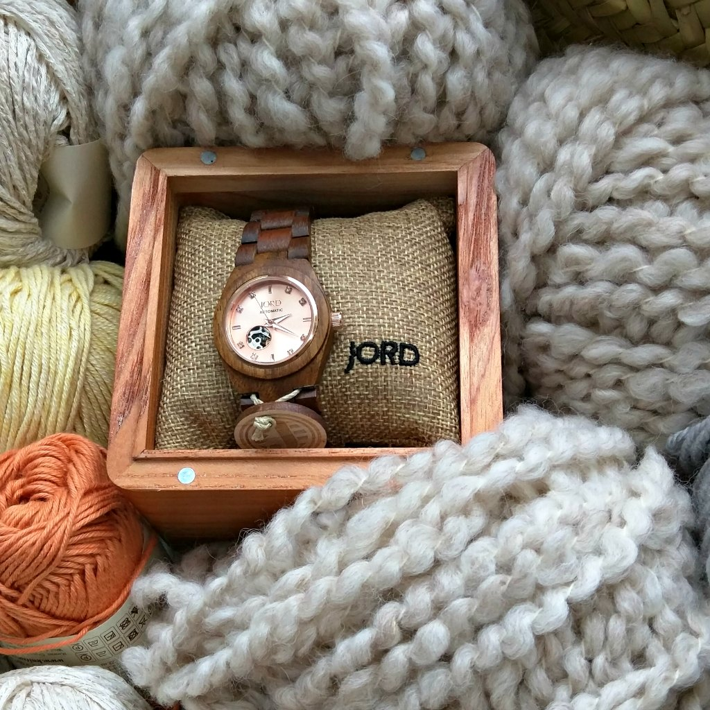 Get your $25 off Discount Coupon and enter the raffle to win a $100 Gift Voucher towards your own unique Jord wooden watch for ladies or men. Hope you'll love yours as I do mine.