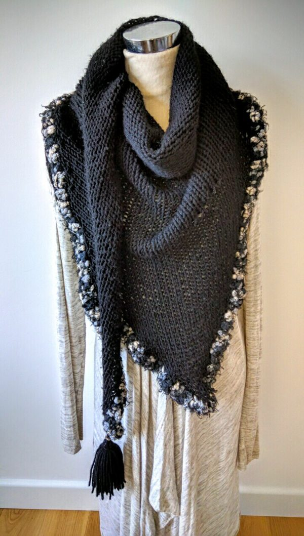 Knitting Pattern Triangle Scarf - oversized, with trim and tassels