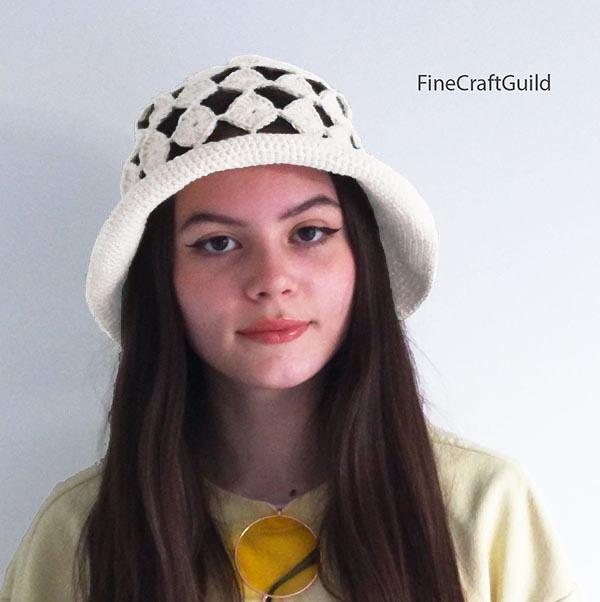 easy crochet summer hat pattern