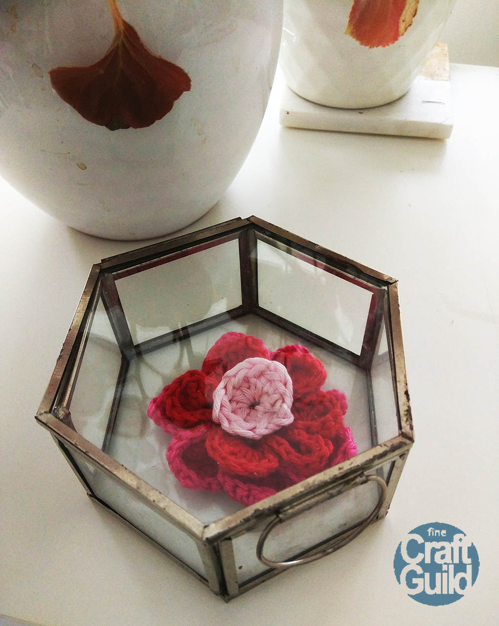 mothersday gift-box with crochet flower