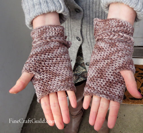 elegant fingerless gloves easy crochet pattern