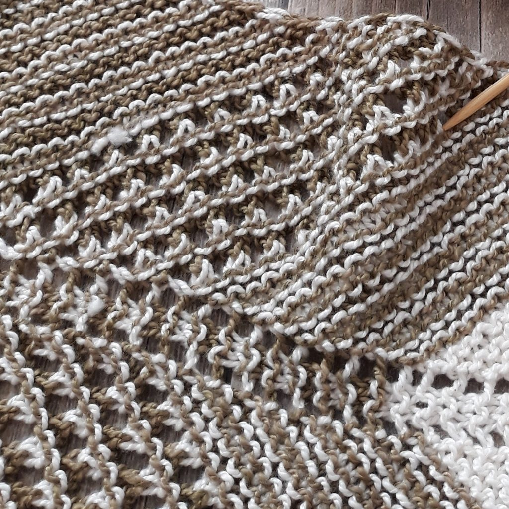 how long should a knit scarf be