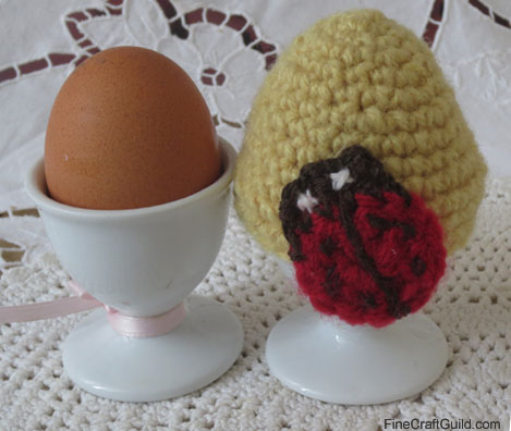 Easter egg cozy crochet pattern with ladybug
